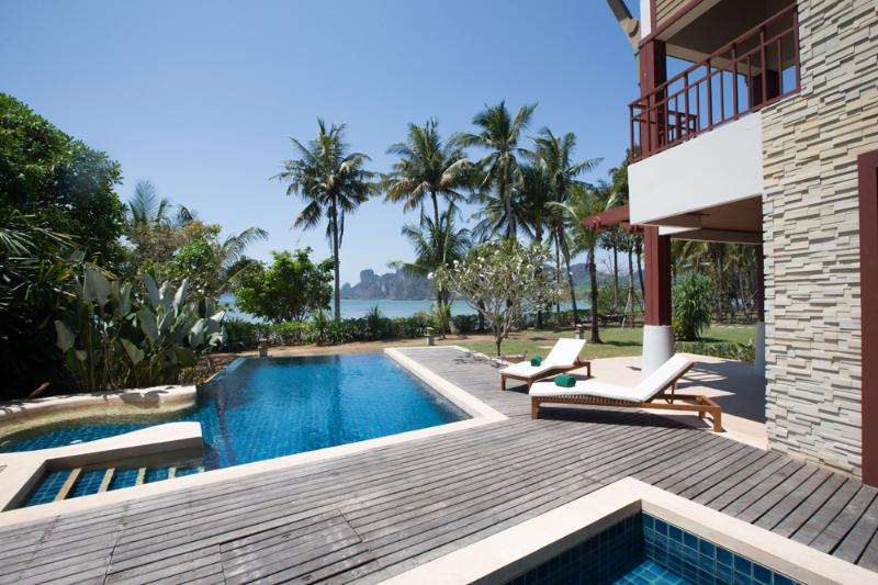 Beachfront villa certainly has a timeless elegance - Krabi Luxury Beachfront Amatapura Pool Villa 1 - Ao Nang - rentals