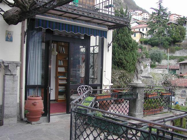 Moltrasio, apartment on the Lake of Como - Image 1 - Moltrasio - rentals
