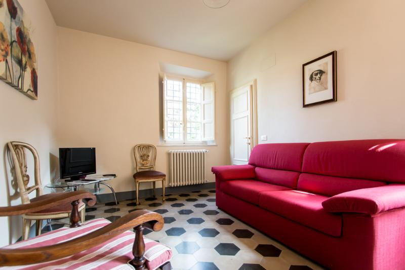 """Paolina Bonaparte"" elegant apartment with terrace - Image 1 - Lucca - rentals"