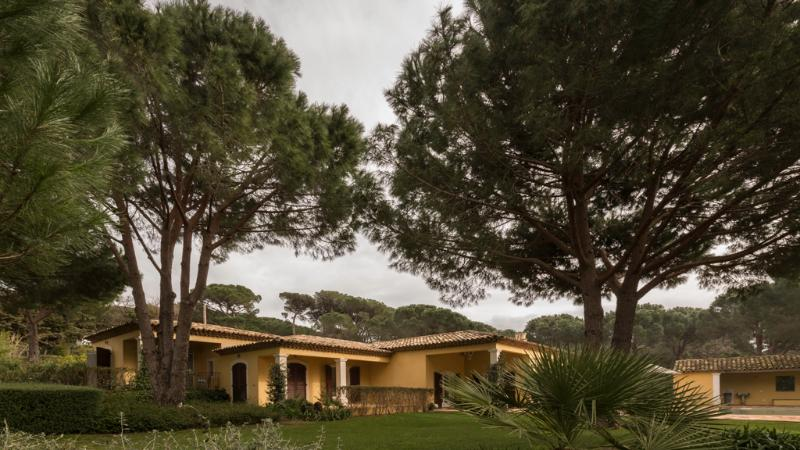 View from the garden - Provencal Villa, Sleeps 8, with a Pool and Pet-Friendly, in St-Tropez - Saint-Tropez - rentals