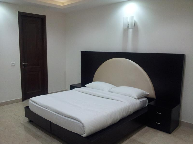 bed room - Fully furnished service apartment Greater kailash - New Delhi - rentals