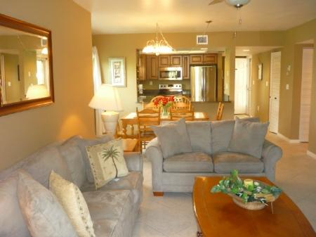 Living Area - Walk to the Beach and area Attractions from this Island Condo ! - Marco Island - rentals
