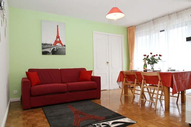 Living Room - APARTMENT MONTMARTROIS PARIS 10mn from MONTMARTRE - Paris - rentals