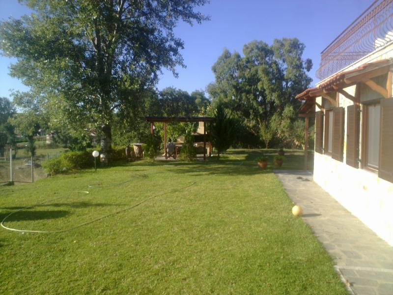 Front Yard - Villa Vivima ideal for big families - Ierissos - rentals