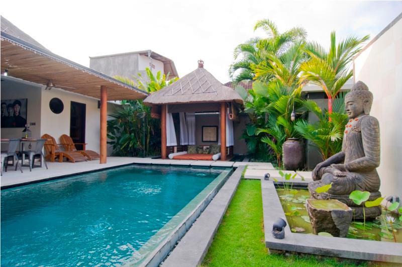 Villa and pool view - Luxury 2 BR Villa,5 min drive to Double Six - Seminyak - rentals