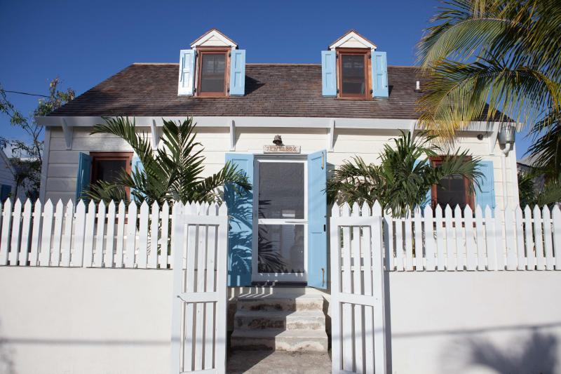 Jewelbox - Image 1 - Harbour Island - rentals