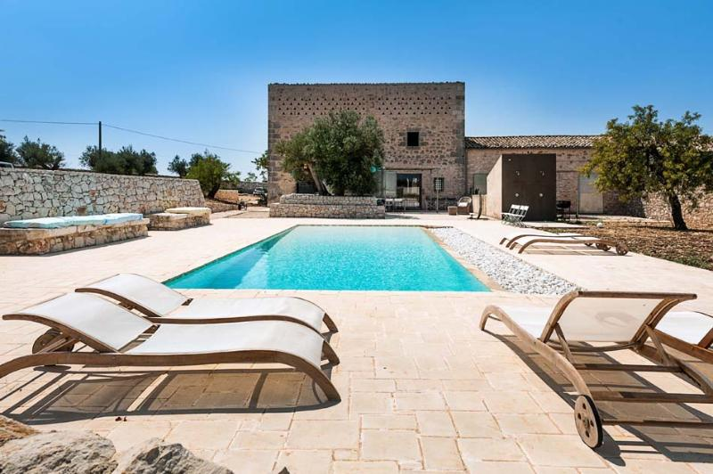 Villa Ragusa Villa rental in Sicily, vacation rental Sicily, holiday let in - Image 1 - Ragusa - rentals