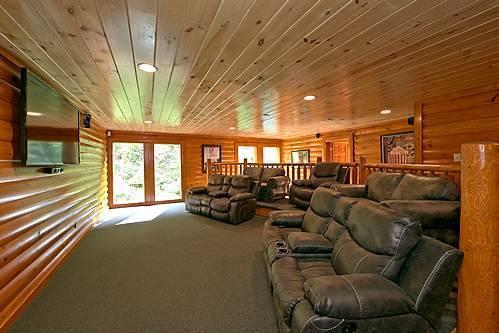 Rustic Cinema Lodge - Image 1 - Pigeon Forge - rentals