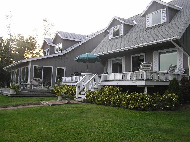 LAKESIDE - Private Waterfront Home On Lake Champlain With 10 Landscaped Acres - North Hero - rentals