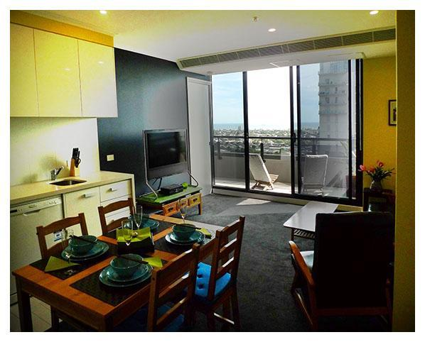 Dining-Living Room - Convention Centre, Crown, CBD - Melbourne - rentals