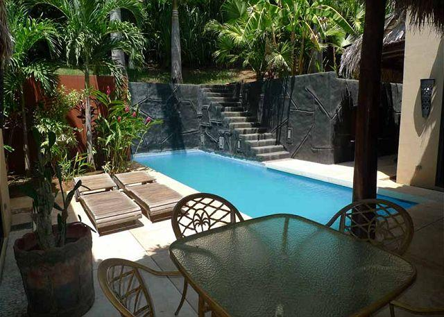 Pool - Moderm 3 bedroom house, walking ditance to the beach. - Tamarindo - rentals