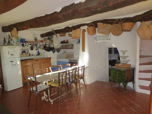 Rustic Provencal Farmhouse - La Migoua, Pet-Friendly 4 Bedroom House with Fireplace and Garden - Le Beausset - rentals