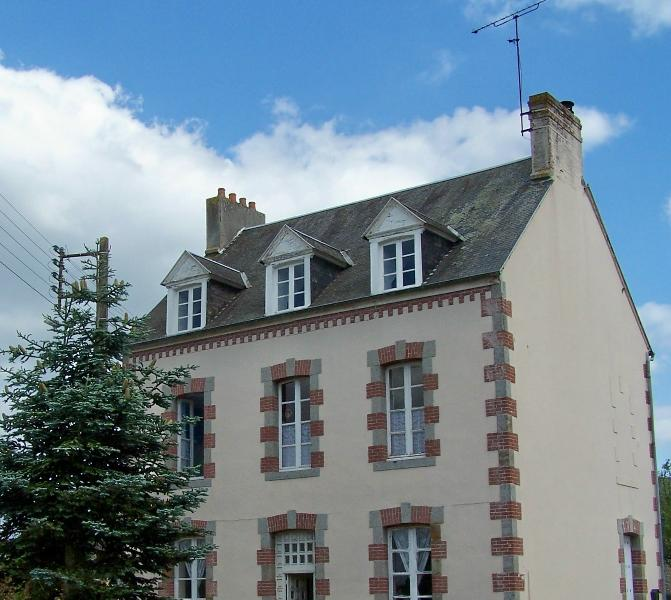 Front of house - Belle Madeleine B&B in Pays-de-la-Loire, France - Landivy - rentals