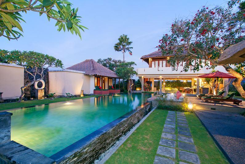 3 Bedrooms Villa Exterior with private pool, kitchen and en-suite bedrooms and bathrooms - LUXURY PRIVATE FAMILY RETREAT POOL VILLAS 1-3 BRS - Canggu - rentals