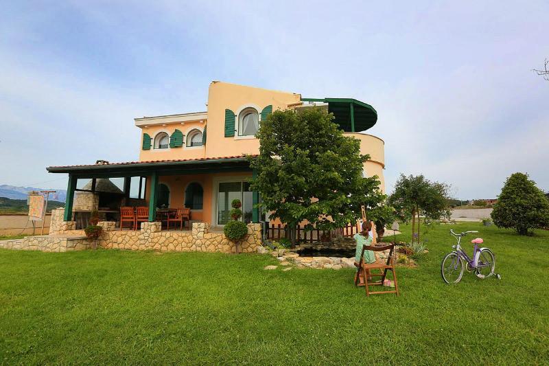 Villa diCastello 4 - Image 1 - Razanac - rentals