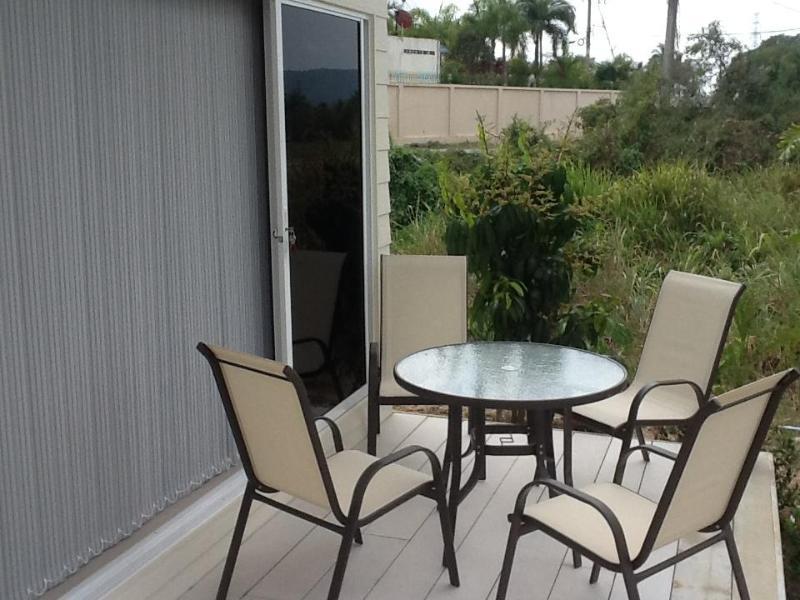 ouside Deck area - 1 Bed Studio unit set in tropical garden - Na Chom Thian - rentals