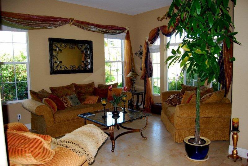 Elegant Living room beach palace - Carlsbad Elegant Beach Canyon  Palace Above 4Seasons - Carlsbad - rentals