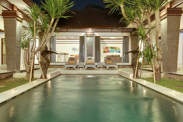Swimming Pool with view on the living Area - Villa Aramis 2 Bedrooms close by the Beach & shops - Seminyak - rentals