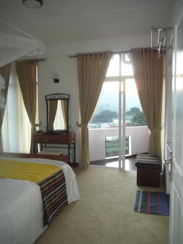 Master Bedroom - En suite - Affordable Luxury – brand new Apartments to rent - Nuwara Eliya - rentals