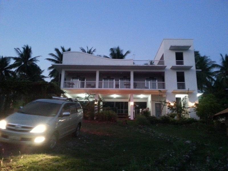 Stunning Villa Violeta - Villa Violeta Vacation BeachHouse  Laiya  Batangas - Sawang - rentals