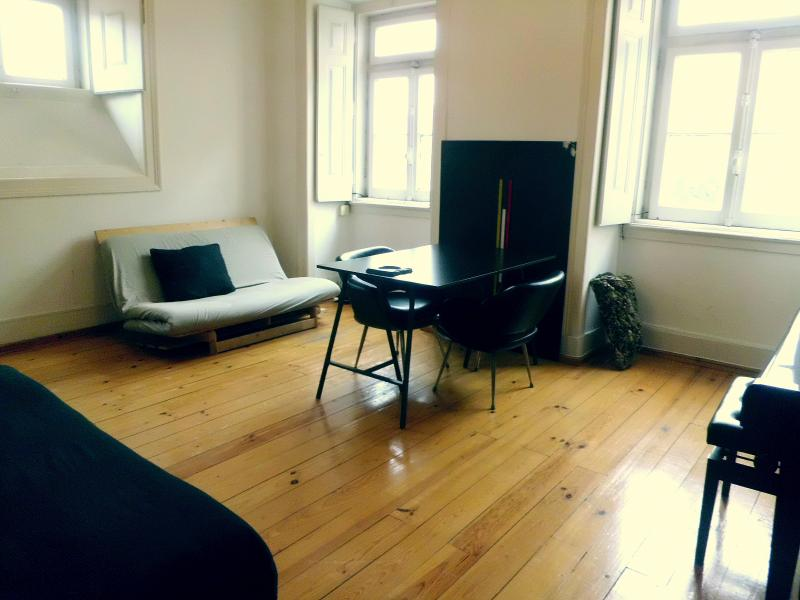 Apartamento Rua da Alegria/Chafariz - Image 1 - Lisbon - rentals