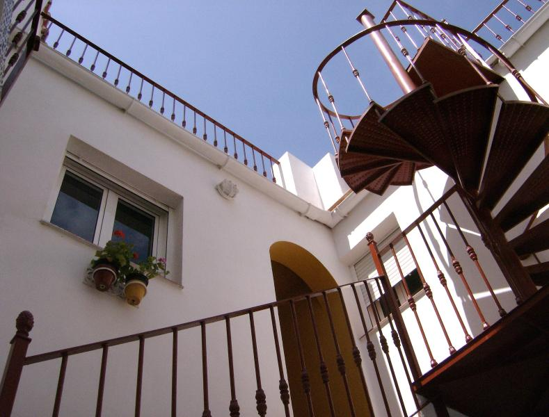 Spiral staircase leading to roof terrace - Arcos Apt with HUGE ROOF TERRACE! - Arcos de la Frontera - rentals