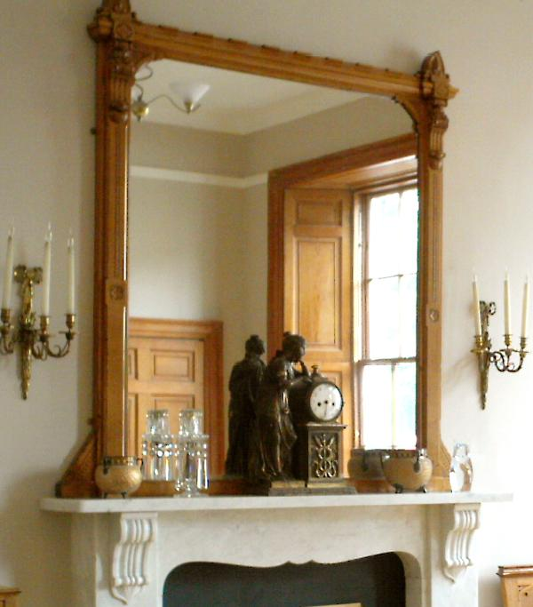Drawing Room mantelpiece - Elegant Large One Bedroom Raised Ground Floor Flat with Secure Entry - Edinburgh - rentals