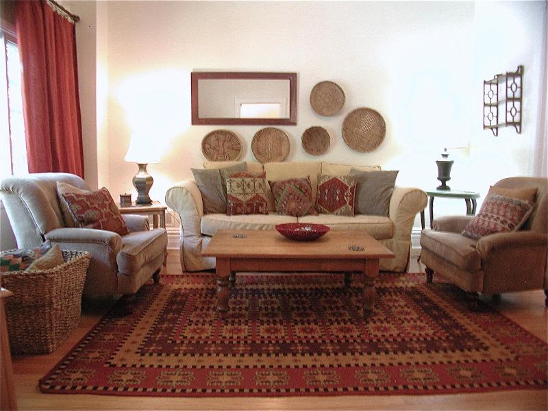 3 BEDROOM…JUST A QUICK WALK TO THE 'EL'… - Image 1 - Chicago - rentals