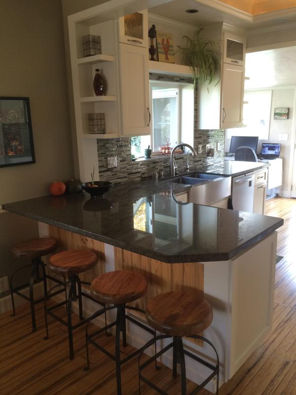 Bar seating - Beautiful home, large yard near downtown and beach - Huntington Beach - rentals