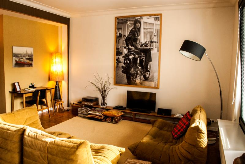 living room - Aplace Antwerp: splendid first floor city flat with a gorgeous view - located in the fashion district area - Antwerp - rentals