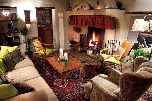 saloon avec cheminée - la vieille maison - halte gourmande  chambre du balcon - Durfort-et-Saint-Martin-de-Sossenac - rentals