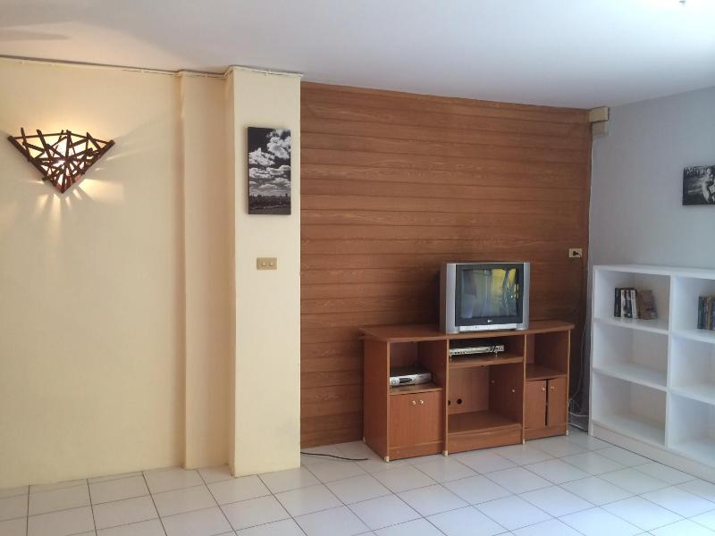 Living room - 3 Bedroom Town House in Hua Hin 50 meters from the beach - Sao Hai - rentals