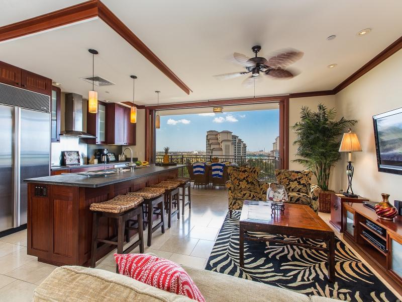 Living kitchen area view - O-924: Hale Alii Ko Olina Beach Villa - Kapolei - rentals