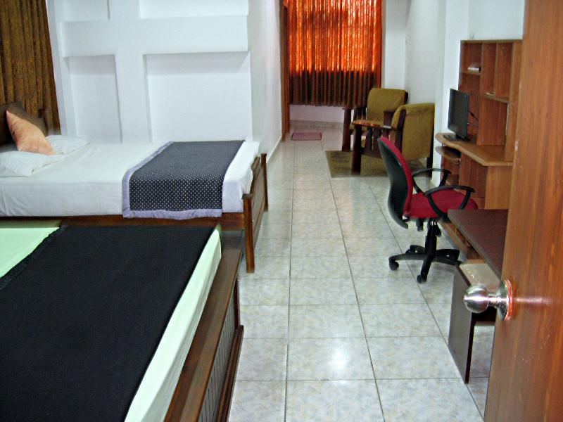 View of apartment's interior from bathroom's entrance. - Zak Residences Studio Apartment2 Colombo Sri Lanka - Colombo District - rentals