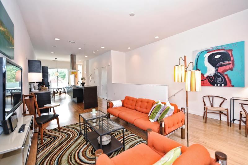 Super-modern condo 1 mile to Uptown-2br/2.5ba - Image 1 - Charlotte - rentals