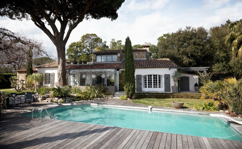 Villa Ombre- Large St Tropez Holiday Rental with Pool, AC, and Near Beach - Image 1 - Saint-Tropez - rentals