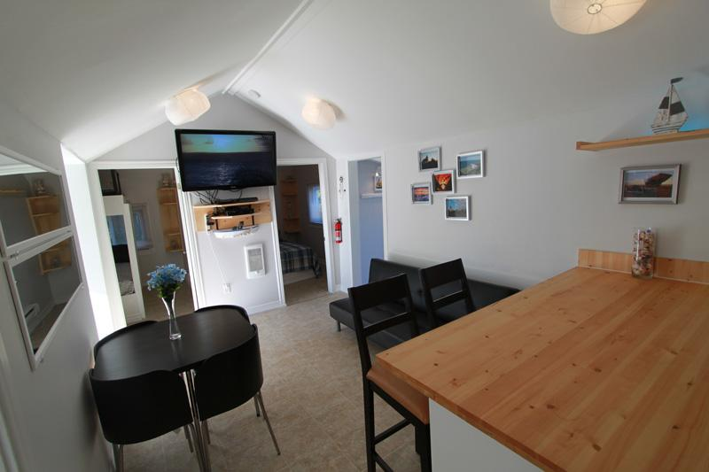 Beach1*com - Plovers Cove Cottage - Image 1 - Wasaga Beach - rentals