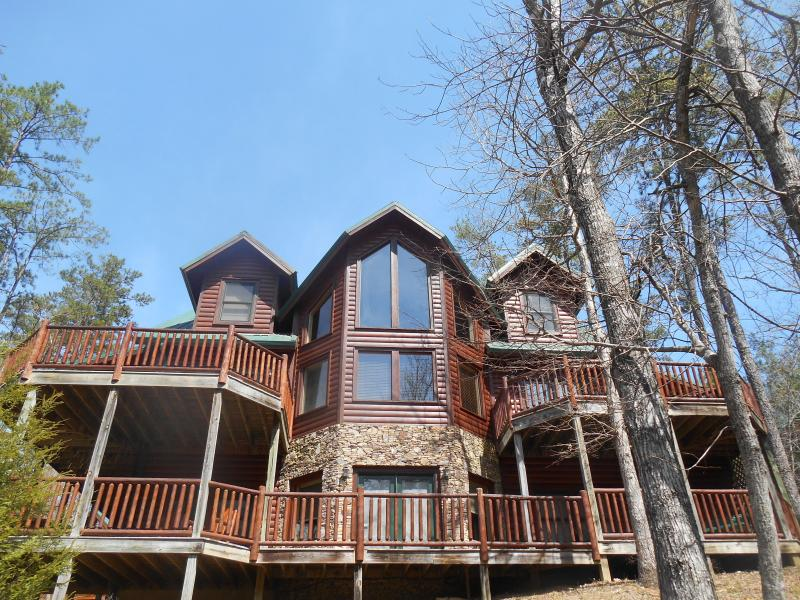 KNOTTY PINES Front - Luxury Cabin-3D Theater-Pool-HotTub-FirePit-Gamerm - Gatlinburg - rentals