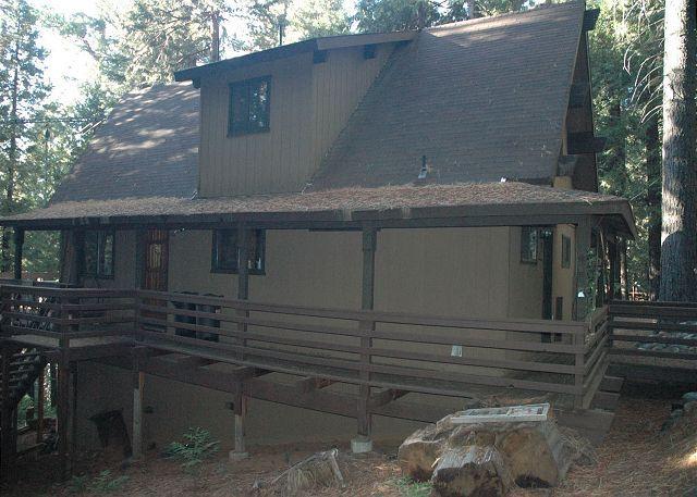 Great small mountain cabin in the woods.1 bdrm, loft, 2 baths,  sleeps 7. - Image 1 - Dorrington - rentals