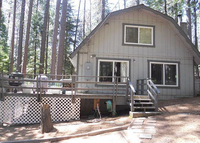 Exterior - Pet & Kid Friendly Mountain Getaway has 3 bdrms, loft, 2 baths, sleeps 10. - Arnold - rentals