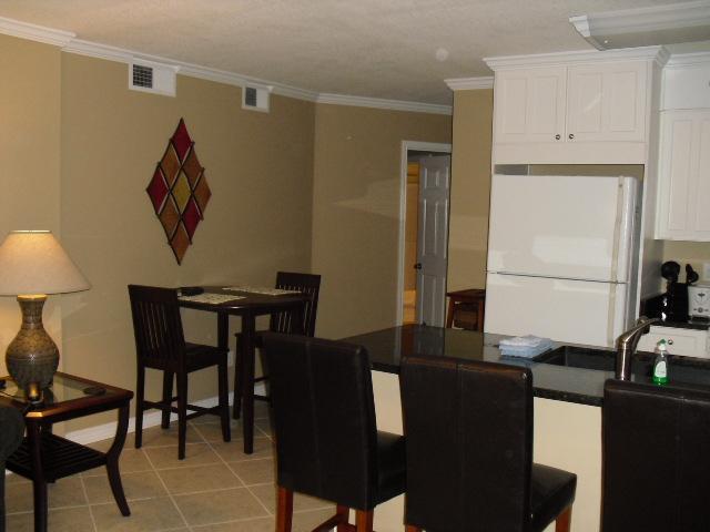 Dining - Tradewinds 2 Bedroom 2 Bath With Ocean Views From Each Room ! - Orange Beach - rentals