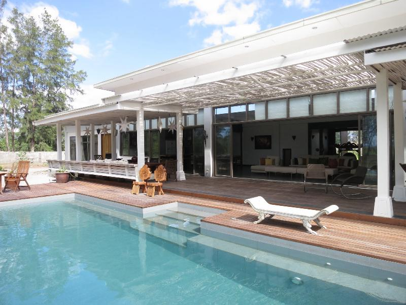 Pool and decking - Zambawood - Modern Luxury Beach House in Zambales - Subic - rentals