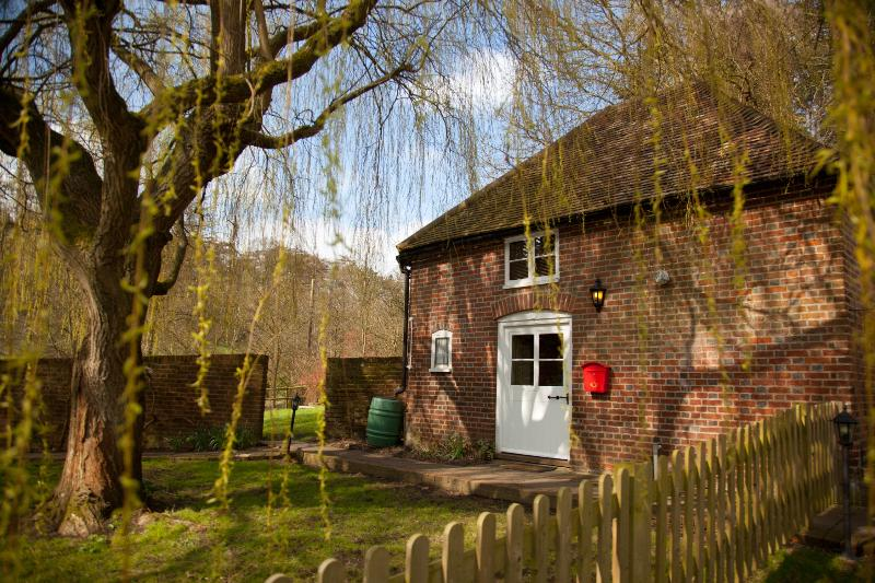 Weir Cottage - Weir Cottage at Leeds Castle - Maidstone - rentals