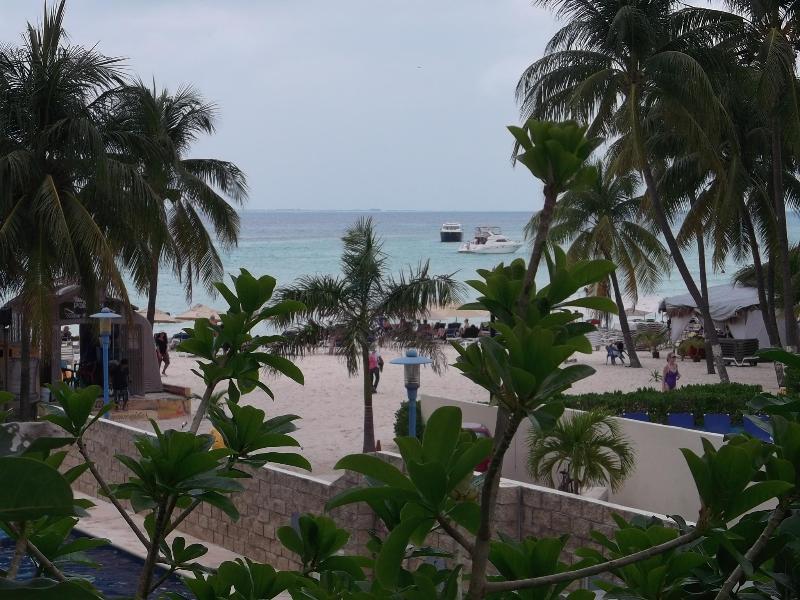 Terrace view to beach/ocean - Ixchel  Beach Hotel - Apartment - Isla Mujeres - rentals
