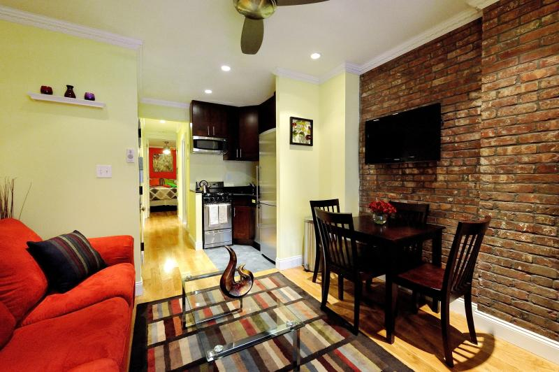 Living Area - Center of City 2 bedroom - New York City - rentals