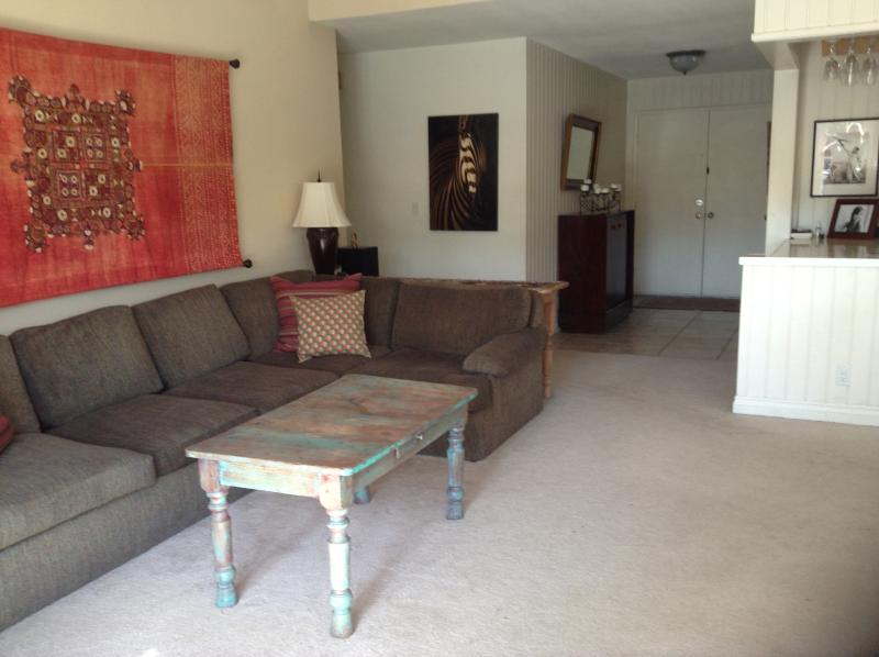 Family Room - Encinitas Charm - Encinitas - rentals