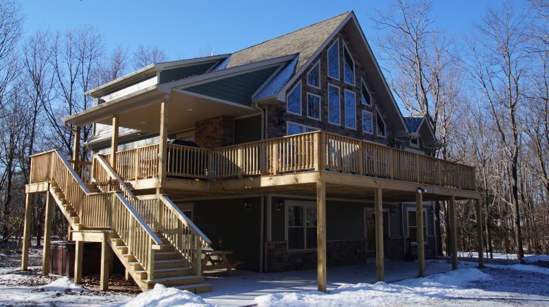 Front View of Home - Snowcap Lodge - Lake Harmony - rentals