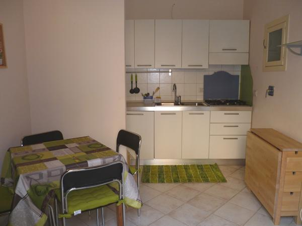Rear Window-Small apt in center - up to 4 people - Image 1 - Turin - rentals