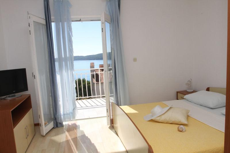 Lovely apartment with sea view - Image 1 - Trogir - rentals