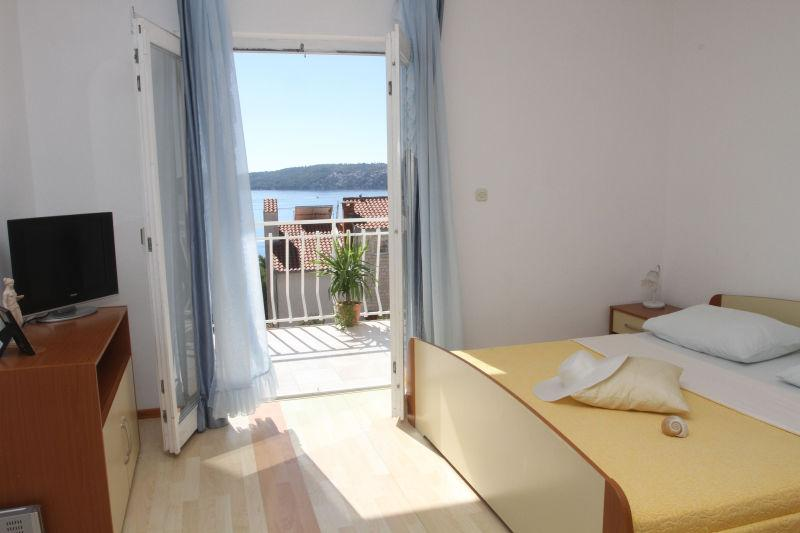 sunshine and sea view...::)) - Lovely apartment with sea view - Trogir - rentals